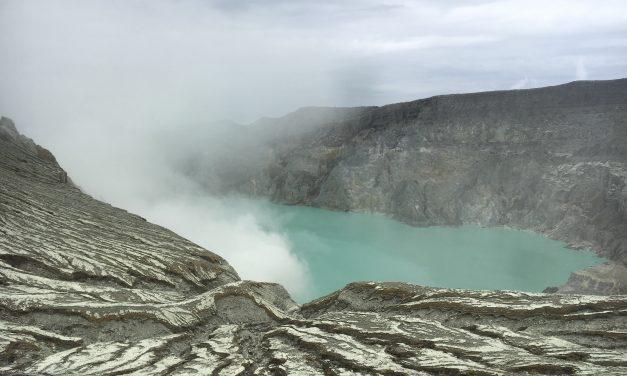 Eternal Blue Fire, kawah ijen, Banyuwangi