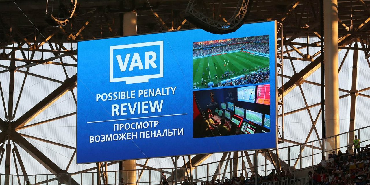 Fakta menarik dibalik teknologi VAR di FIFA World Cup 2018