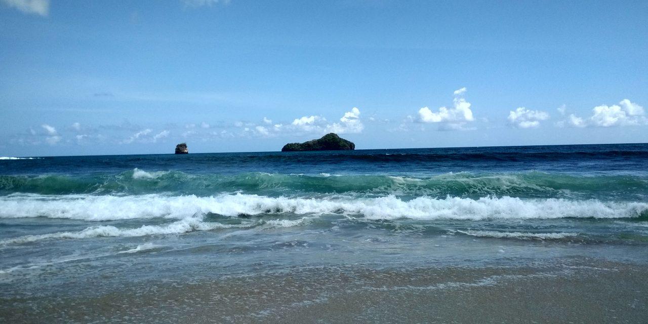 Pantai Sendiki, Surga Tersembunyi Pesisir Malang Selatan