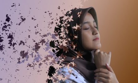 How To Create Dispersion Effect in Photoshop-Farah Yusafrilianda-english Podcast