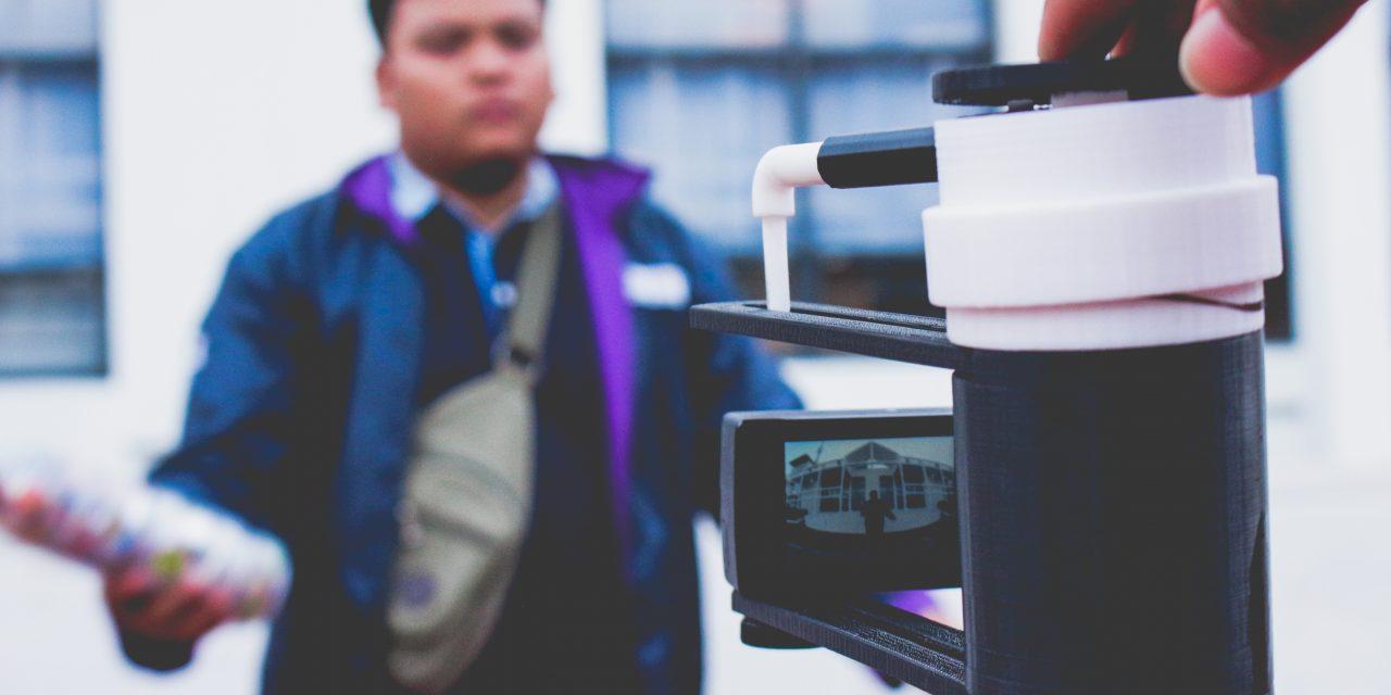 Pengembangan Desain Camera Holder untuk 3D Anaglyph (ex. 1st PIMNAS 2018 Jogja)