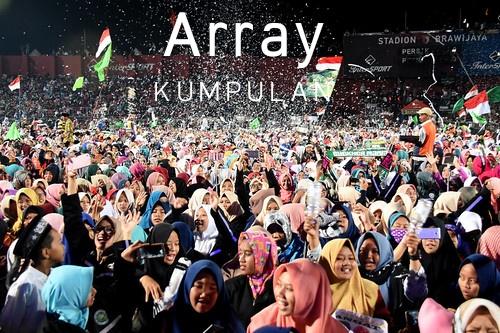Kumpul bersama yai Array