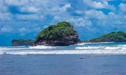 Pantai Raja Ampat-nya Blitar