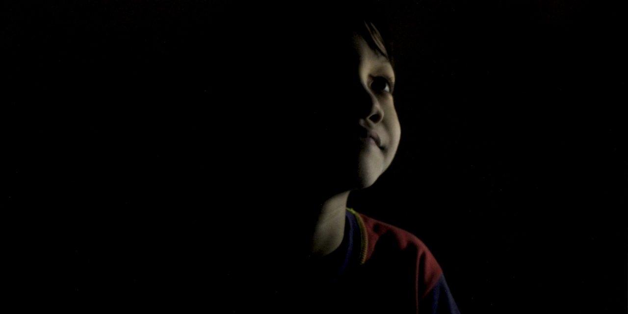 Mengenal Lebih Dalam Mengenai Teknik Low-Key Lighting dalam Fotografi